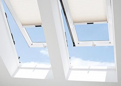 detajl strešnih oken Roto
